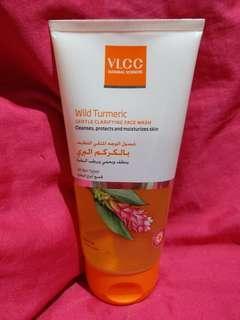 VLCC Wild Turmeric Gentle Clarifying Fashwash, 150 ml