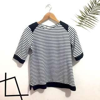 Striped top〰️