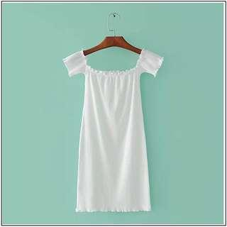 ✨ < PRICE REDUCED > white ruffle ribbed bodycon basic shoulder off dress // instock