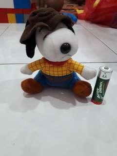 Mcd Toys snoopy cowboy