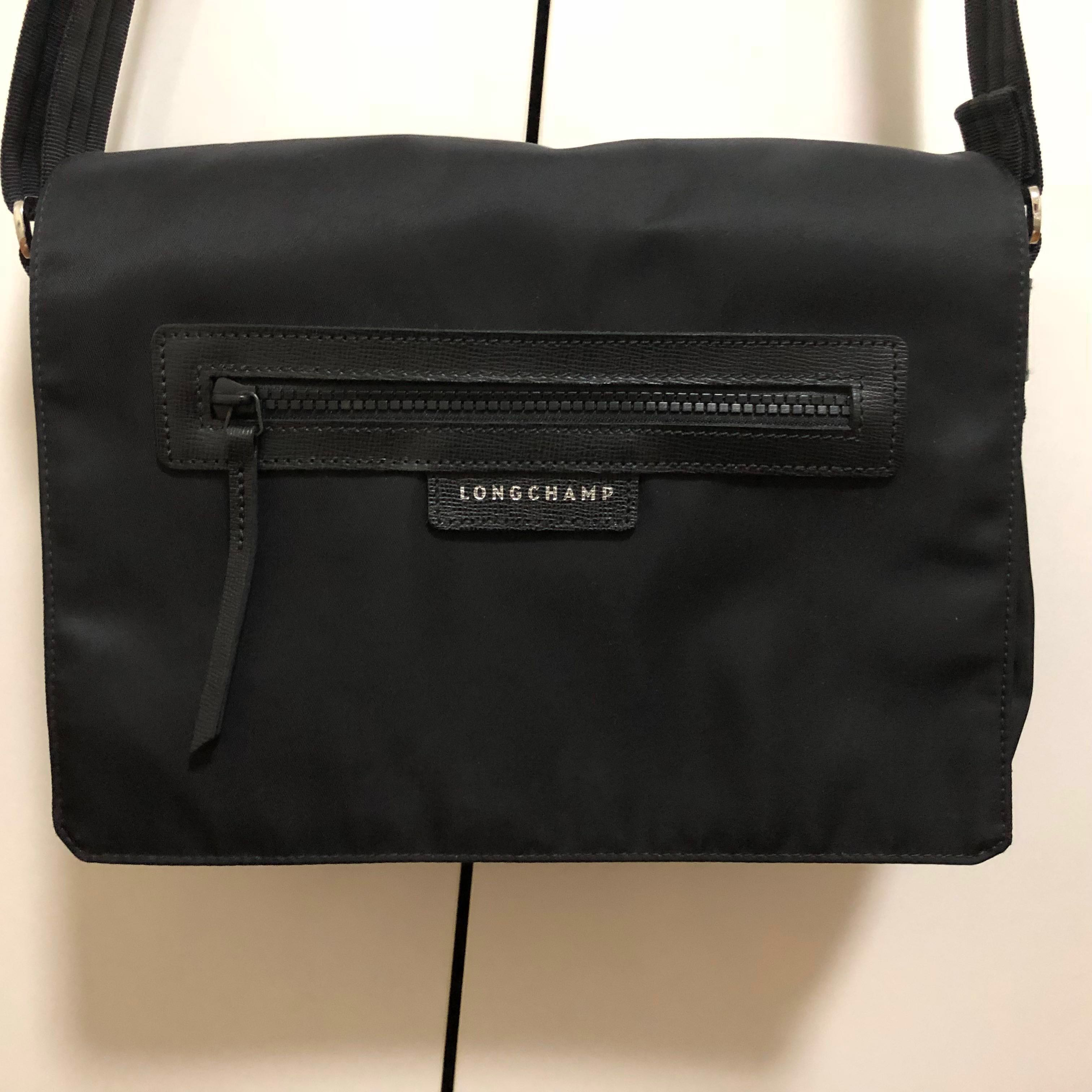 d037dabe4f6e Authentic Longchamp Le Pliage Neo hobo crossbody black plain simple ...