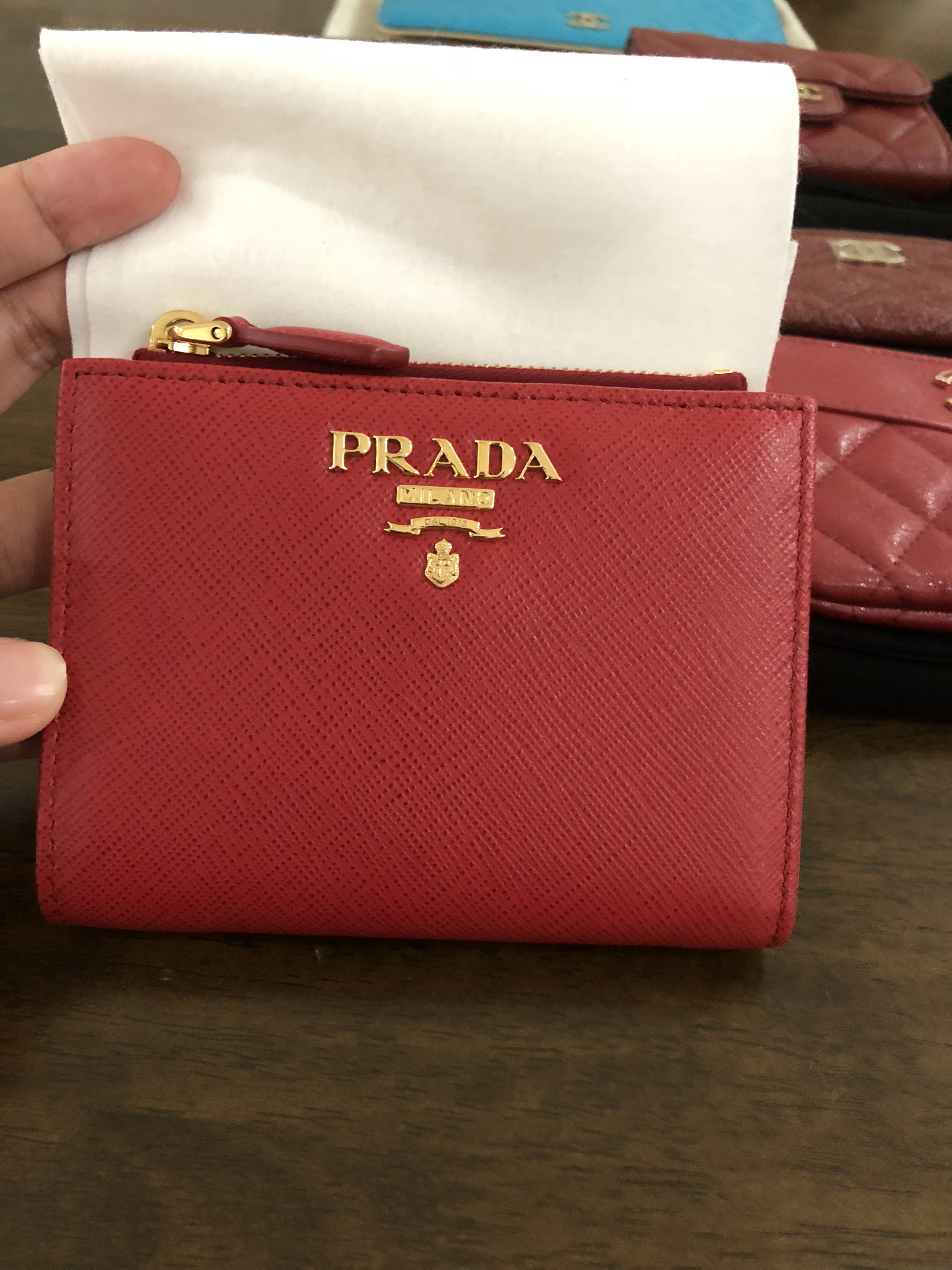 7f2c295fe155 BNIB Authentic Compact Prada Wallet, Women's Fashion, Bags & Wallets ...