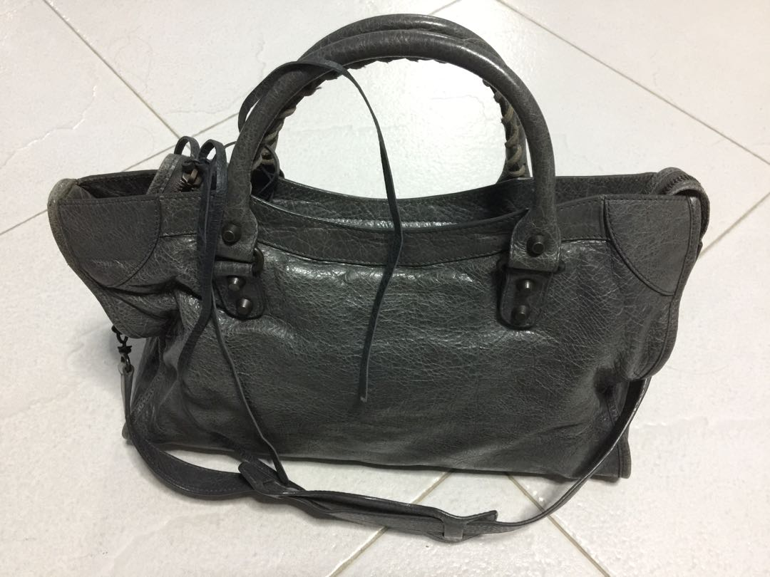 Genuine Balenciaga Authentic Leather Handbag with Certificate Not To ... b0c7207be5457