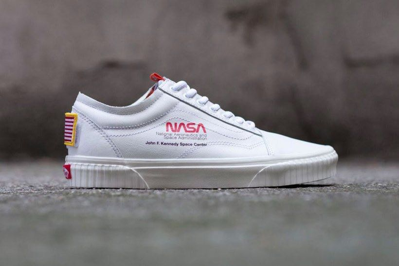 ca22121258 NASA x Vans Old Skool