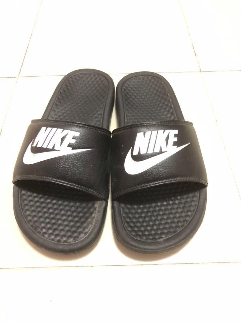 reputable site d75e0 ef37a Nike Benassi Swoosh Slippers, Men's Fashion, Footwear ...