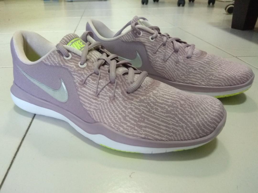 Nike Women's Flex Supreme TR 6 Size 9