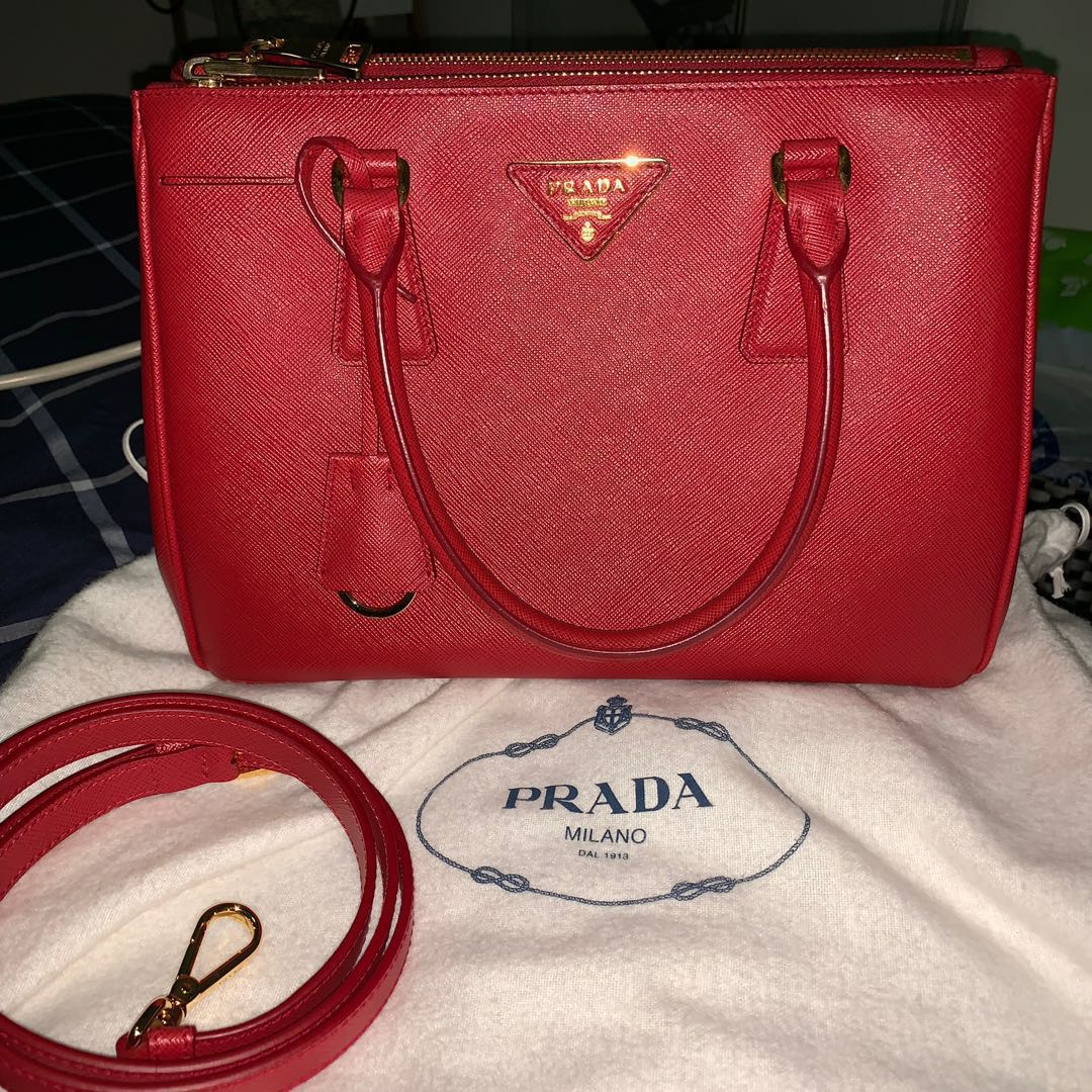e649d727b838 Prada Saffiano Leather Medium Lux Galleria Double Zip Tote Red ...