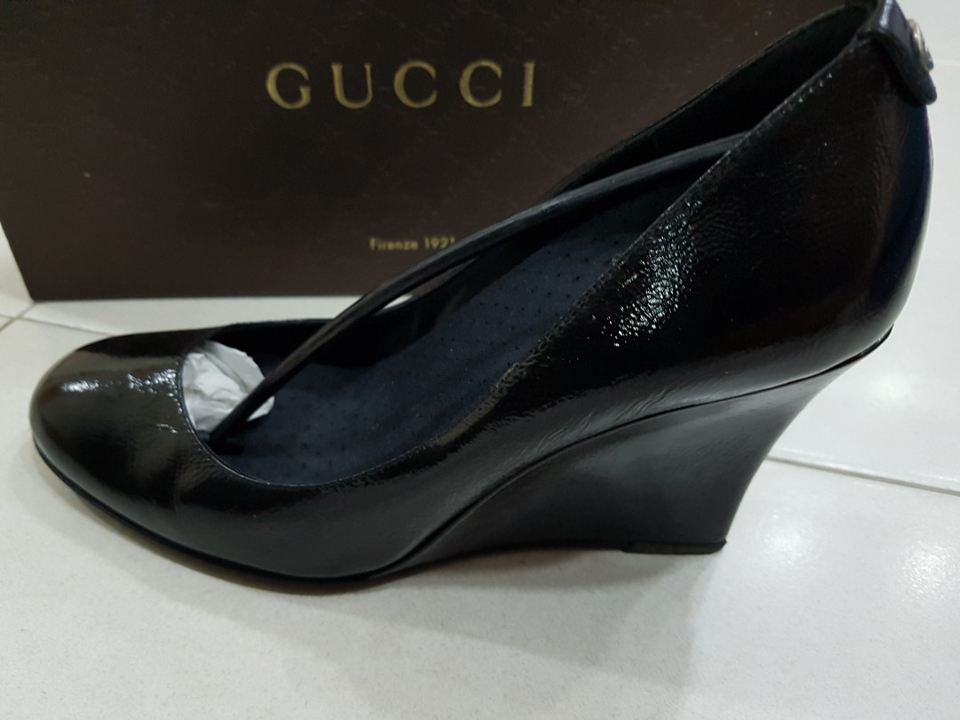 17535309d4a6f Pre loved GUCCI black wedges pumps, Women's Fashion, Shoes, Heels on ...