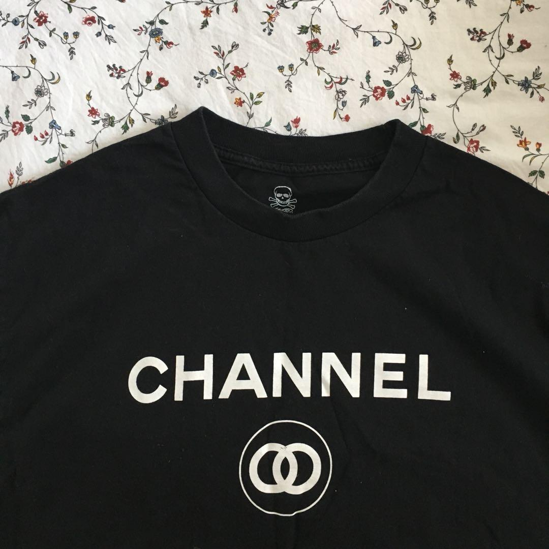 thrifted graphic tshirt