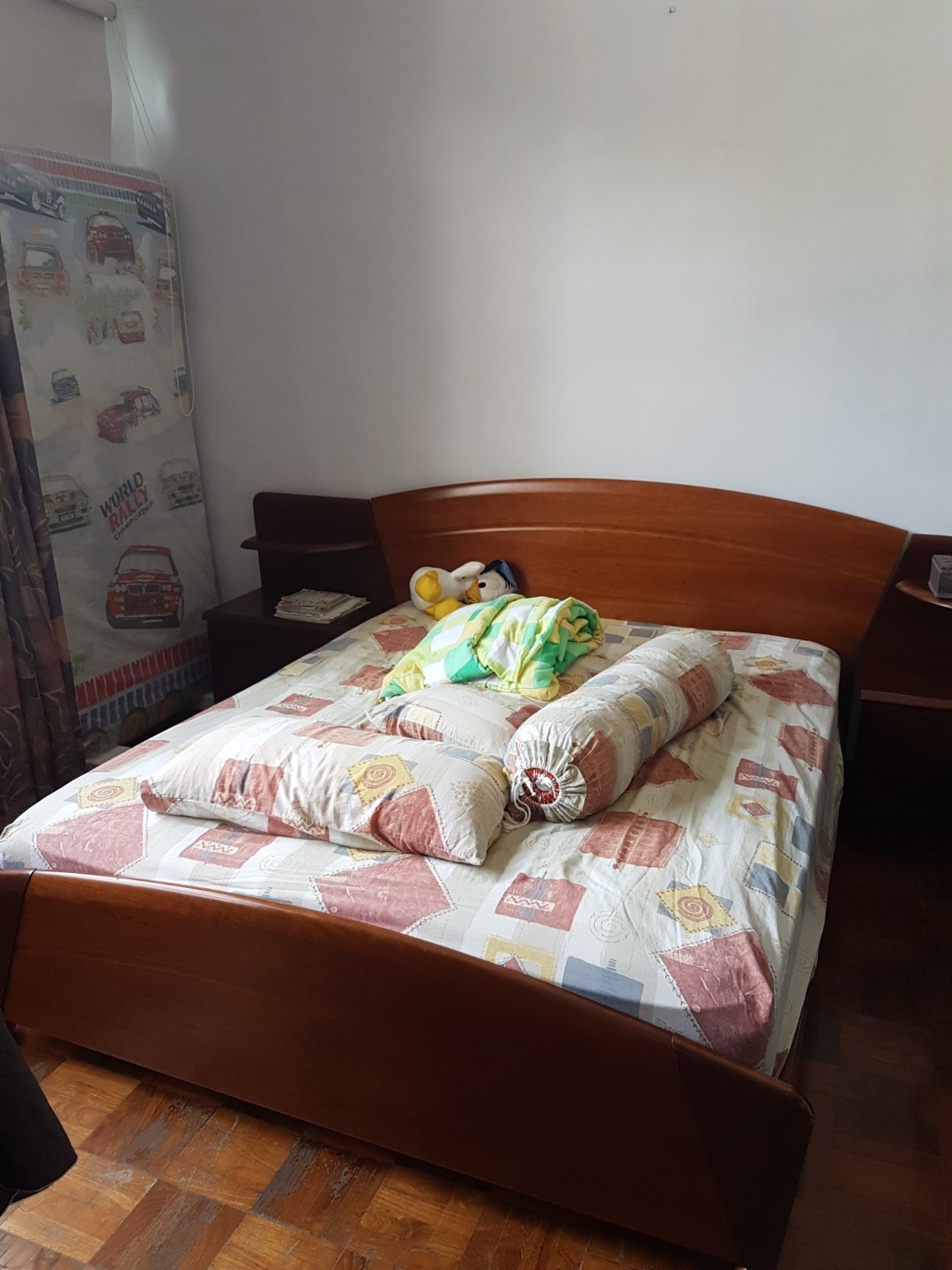 sneakers for cheap e4893 dd597 Used Queen Size Bed Frame (Mattress FREE!!), Furniture, Beds ...