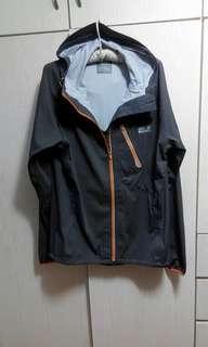 防風防水連帽外套wind & waterproof hooded jacket
