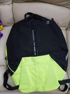 全新 X 背包