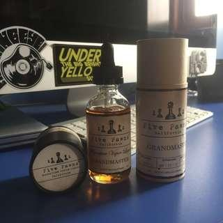 Liquid vape / vaporizer five pawns