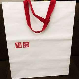 Uniqlo gift bag