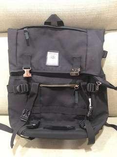 🚚 男用登山旅行背包