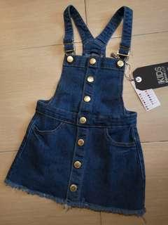 New Cotton On Girl Dungaree playsuit Denim Dress 3-4 Y #SBUX50