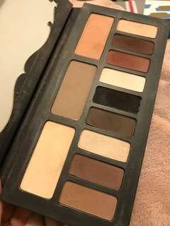 Kat Von d shade light Eyeshadow Palette