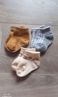 🚚 嬰兒襪