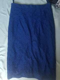 Sm woman skirt