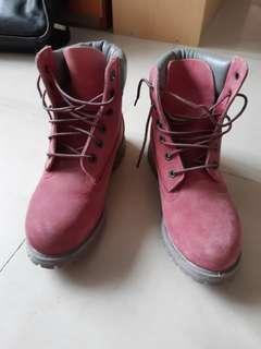 genuine Timberland suede boots