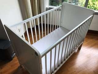 Good quality expensive baby cot