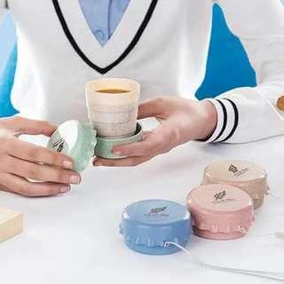 Folding Cup w/holder