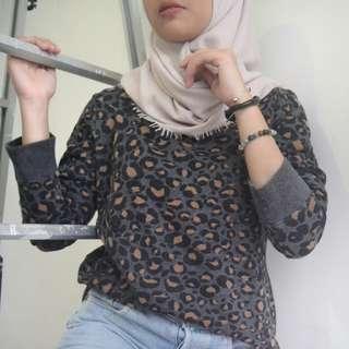 H&M Pattern Sweater Jual Rugi