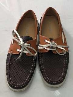 Boy / Teenager / Men's foot wear shoe