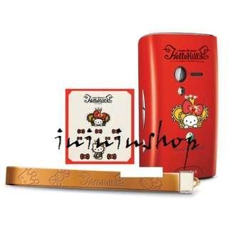 包郵全新 Hello Kitty X Sony Ericsson 女皇飾物套裝 Bling Bling 相機帶 手機繩相紙
