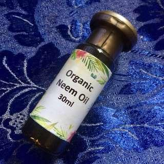 100% Pure Cold-Pressed Neem Carrier Oil (30ml)