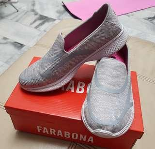 Sepatu wanita casual Grey