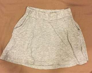 🚚 雙胞胎Gap短裙S號二件