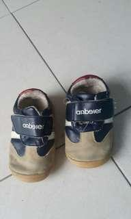 Baby shoes size 135