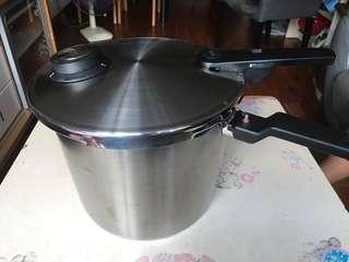 Fiddler 高速鍋 (直徑26cm) 一口價