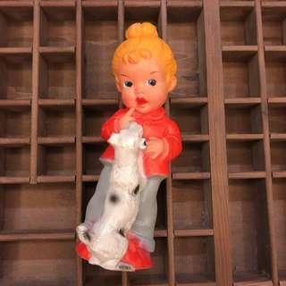 慢德國 中古玩具 60年代 小女孩 和 狗狗 嗶嗶聲 軟膠 公仔