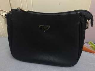 Black sling bag - medium size