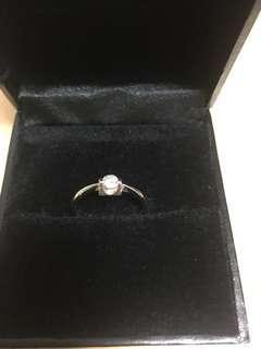 鑽石戒子(星光珠寶購入)