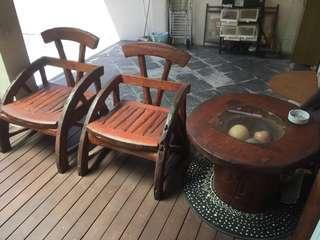 TEAK WOOD 4 CHAIRS AND 1 ROUND TABLE