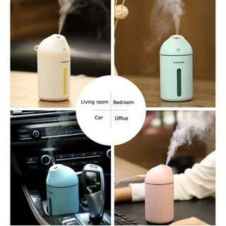 FREE COURIEIR DELIVERY! FREE ESSENTIAL OIL! USB Aroma Humidifier and Diffuser. Portable and Compact. Suitable as Gifts or Presents