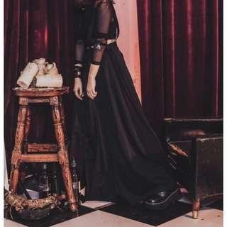 Slightly Numb 百摺拼接黑紗長裙