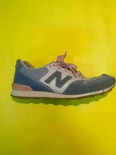 REPRICED! AUTHENTIC NEW BALANCE 996!!!
