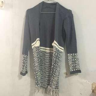 Knit long cardi