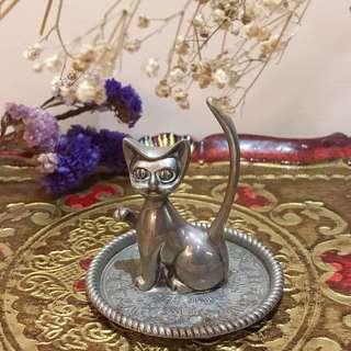 VINTIQUE 歐洲 老件 雕刻 鍍銀 立體 招財 貓咪 造型 紙鎮 / 置物 小盤