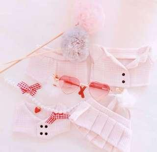 20cm doll clothes ( include all 4 )