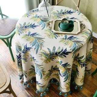 Green Leave Table Cloth with Woven Balls, 清新綠葉圖拼毛毛球流蘇枱布