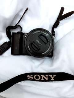 Sony a5000 (Black)