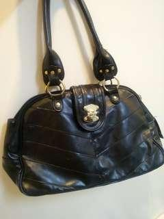 all around office bag in black