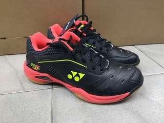 BN Yonex Power Cushion 65Z Men