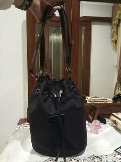 Original Brand new Lipault Paris bucket medium black bag
