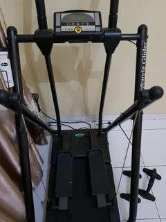 Freestyle glider double feature motorized electric (Treadmill and air walker).Untuk spesifikasi cek deskripsi ya.Bisa dateng langsung untuk cek barang